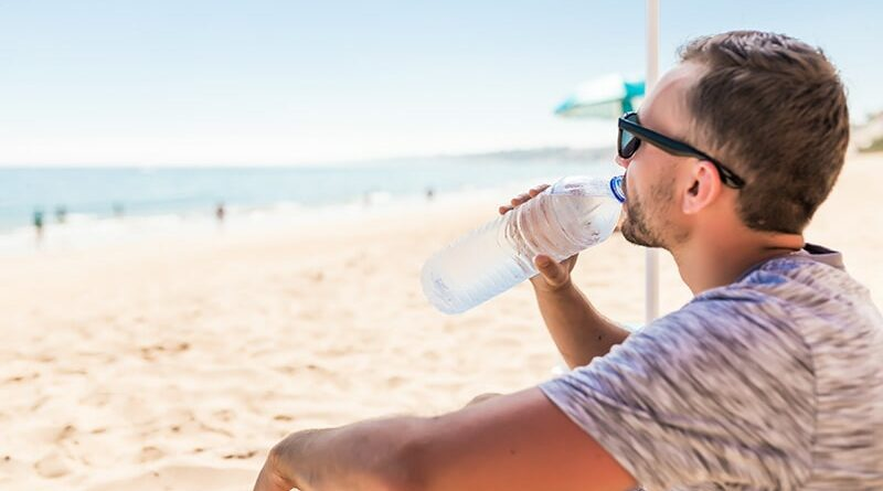 Odwodnienie – Ile litrów wody pić podczas upałów?