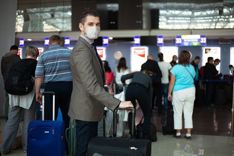 Koronawirus a wakacje 2021 – noszenie maseczek za granicą